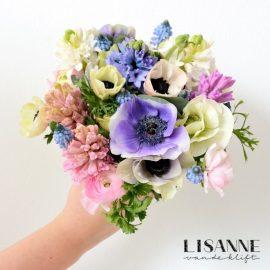 Bloemen Bijdehand   Biedermeier