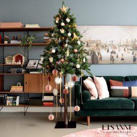 Een kerstboom op stam